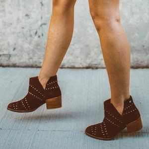 Roxy NWT Lexie Studded Leather Booties